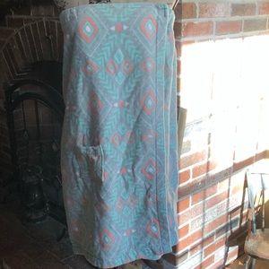 Xhiliration towel Velcro wrap